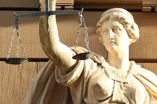 desacato, impugnabilidad subjetiva, ilícito judicial